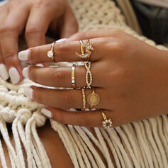 Exquisite Vintage Alloy Rings (Set of 8)