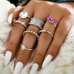 Fancy Romantic Alloy With Rhinestones Rings 7 PCS