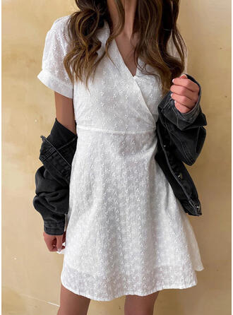 Solid Short Sleeves/Puff Sleeves A-line Above Knee Casual/Elegant Dresses