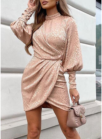 Leopard Long Sleeves/Lantern Sleeve Sheath Above Knee Party Dresses