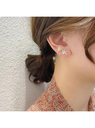 Shining Simple Hottest Alloy With Rhinestone Flowers Earrings (Set of 2)
